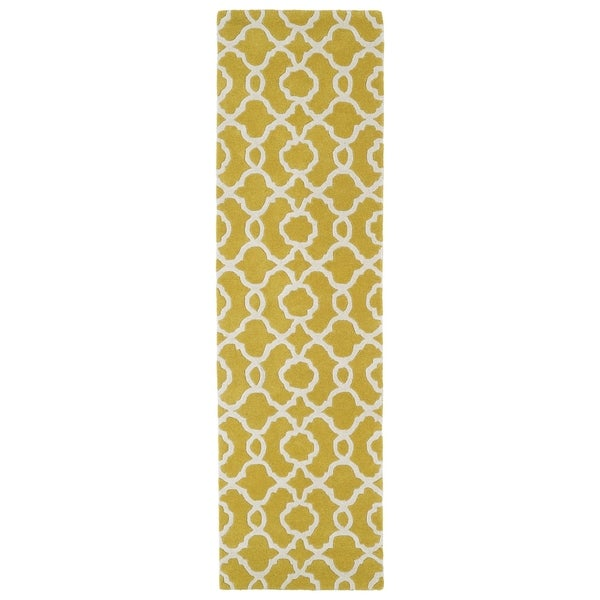 Cosmopolitan Trellis Yellow/ Ivory Hand-tufted Wool Rug (2'3 x 8')