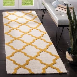 Safavieh Handmade Moroccan Cambridge Ivory/ Gold Wool Rug (2'6 x 6')