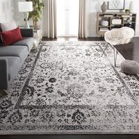 Safavieh Adirondack Vintage Distressed Grey / Black Rug (8' x 10') - 8' x 10'
