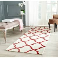 Safavieh Handmade Moroccan Cambridge Ivory/ Rust Wool Rug (2'6 x 8')