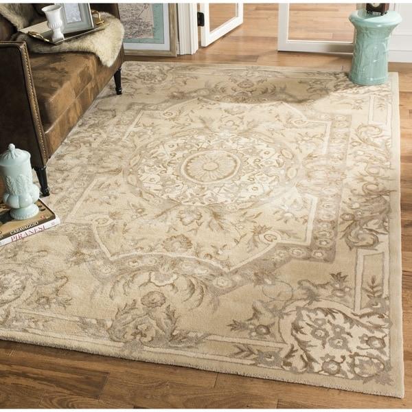 Safavieh Handmade Savonnerie Sand Wool/ Viscose Rug - 8' x 10'