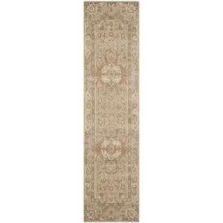 Safavieh Handmade Savonnerie Sand Wool/ Viscose Rug (2'6 x 10')