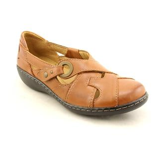shop clarks women's 'ashland india' leather casual shoes