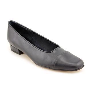Vaneli Women's 'Frankie' Leather Dress Shoes - Extra Narrow