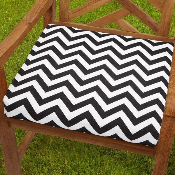 Bristol 20 Inch Indoor/ Outdoor Black/ White Chevron Chair Cushion