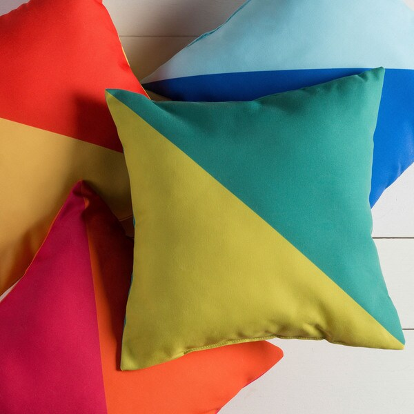 Sea Kite Indoor/Outdoor Decorative Throw Pillow