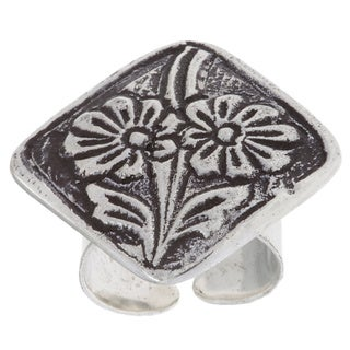 Handmade Antiqued Silverplated Abstract Design Fashion Ring (India)
