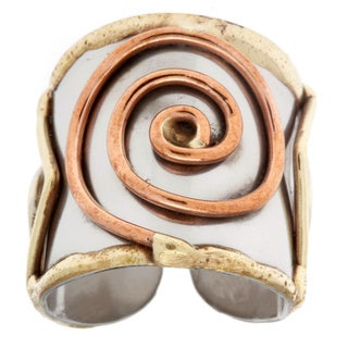 Handmade Mixed Metal Tri-tone Large Spiral Fashion Ring (India)