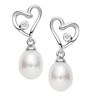 Pearlyta Sterling Silver Cubic Zirconia and Freshwater Pearl Heart Drop Earrings (7-8mm) - White
