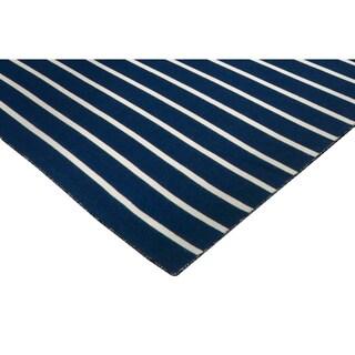 Liora Manne Tailored Outdoor Area Rug (3'6 x 5'6) - 3'6 x 5'6