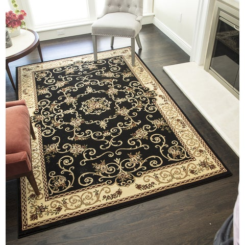 Whittley Floral Area Rug - 5'3 x 7'10