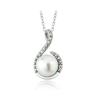 Glitzy Rocks Sterling Silver Freshwater Pearl Diamond Accent Swirl Necklace (7-8 mm)