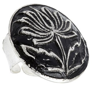 Hand-crafted Antiqued Silverplated Lotus Fashion Ring (India)