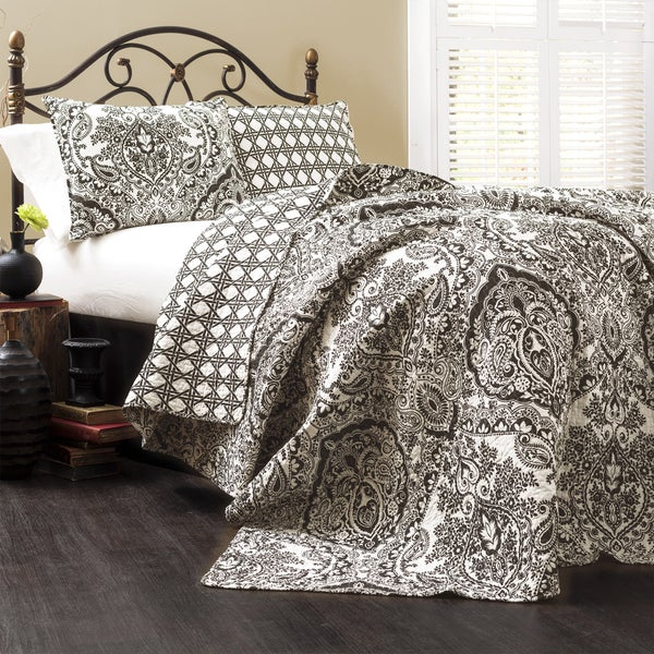 Gracewood Hollow Winchester Damask 3-piece Quilt Set