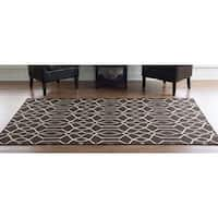 Linon Foundation Collection Brown Trellis Reversible Rug (5' x 8') - 5' x 8'