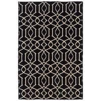Linon Foundation Collection Black Trellis Reversible Rug (5' x 8') - 5' x 8'