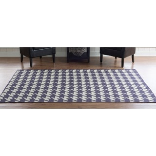 Linon Foundation Collection Purple Houndstooth Reversible Rug (5' x 8')