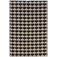Linon Foundation Collection Houndstooth Reversible Rug - 5' x 8'