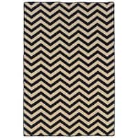 Linon Foundation Collection Black Chevron Reversible Rug (5' x 8') - 5' x 8'