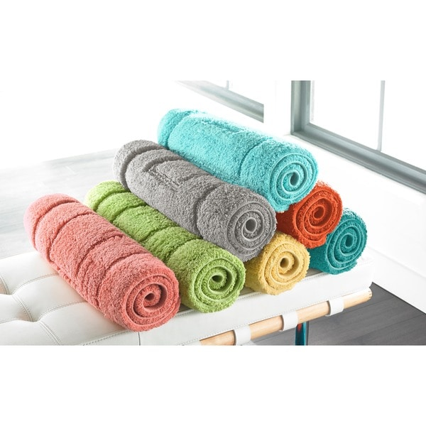 Luxurious Cotton Brights Collection 24 x 40-inch Bath Rug - 24 x 40