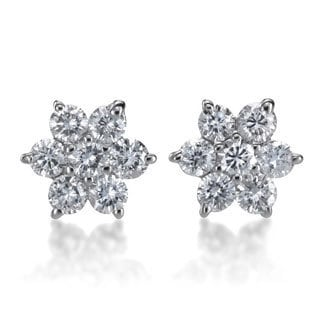 SummerRose 14k White Gold 1/2ct TDW Diamond Flower Stud Earrings