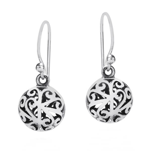 Handmade Stylish 3D Filigree Round Ball Sterling Silver Earrings (Thailand)