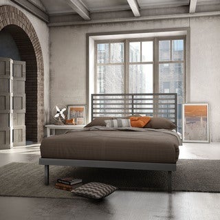 Amisco Theodore 54-inch Magnetite Glossy Grey Full Size Metal Bed