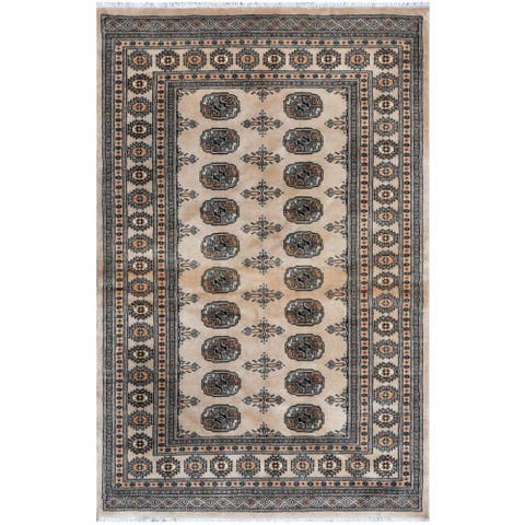 Handmade One-of-a-Kind Bokhara Wool Rug (Pakistan) - 4'2 x 6'