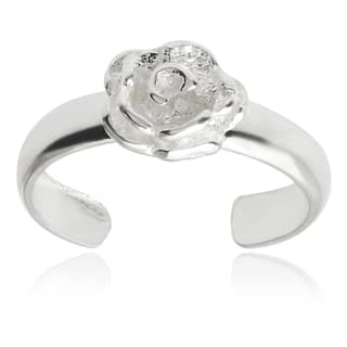 Journee Collection Sterling Silver Adjustable Flower Toe Ring https://ak1.ostkcdn.com/images/products/8985523/Tressa-Collection-Sterling-Silver-Adjustable-Flower-Toe-Ring-P16191486.jpg?impolicy=medium