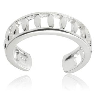 Journee Collection Sterling Silver Adjustable Cut-out Toe Ring|https://ak1.ostkcdn.com/images/products/8985574/Tressa-Collection-Sterling-Silver-Adjustable-Cut-out-Toe-Ring-P16191524.jpg?impolicy=medium