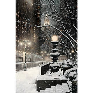New York City on a Snowy Winter Night' Oil on Canvas Art|https://ak1.ostkcdn.com/images/products/8987869/New-York-City-on-a-Snowy-Winter-Night-Oil-on-Canvas-Art-P16193445.jpg?impolicy=medium
