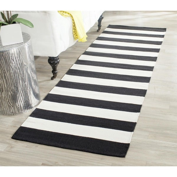 Safavieh Hand-woven Montauk Black/ White Cotton Rug