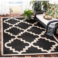 Safavieh Courtyard Moroccan Black/ Off-White Indoor/ Outdoor Rug - 5'3 x 7'7