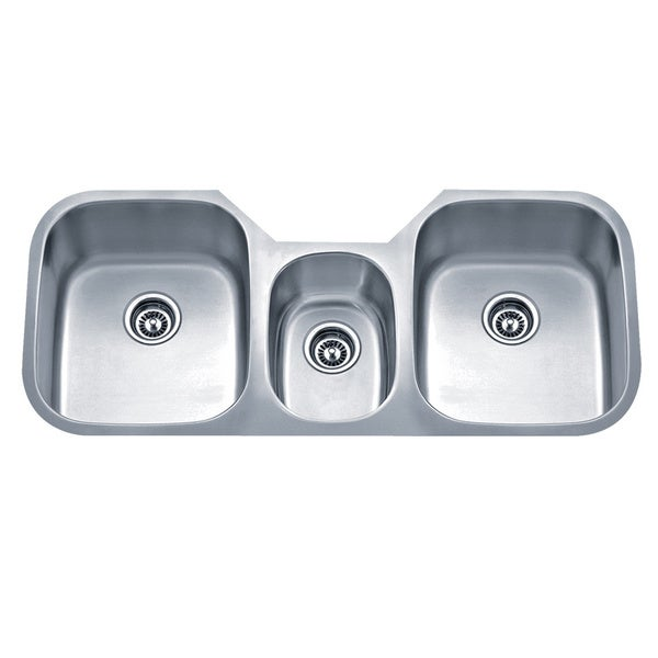 3 Bowl Kitchen Sink : Sinkware 18 Gauge Undermount Triple-Bowl Stainless Steel Kitchen Sink ...