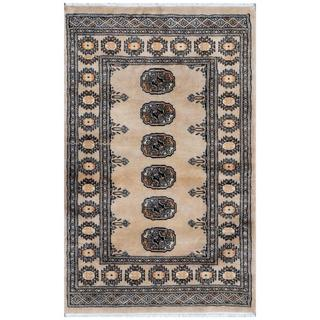 Herat Oriental Pakistani Hand-knotted Bokhara Beige/ Ivory Wool Rug (2'6 x 3'11)