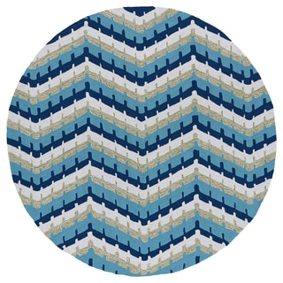 Fiesta Round Blue Chevron Indoor/ Outdoor Rug (5'9)
