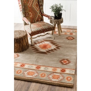 nuLOOM Hand-tufted Southwestern Grey Wool Area Rug (5' x 8')