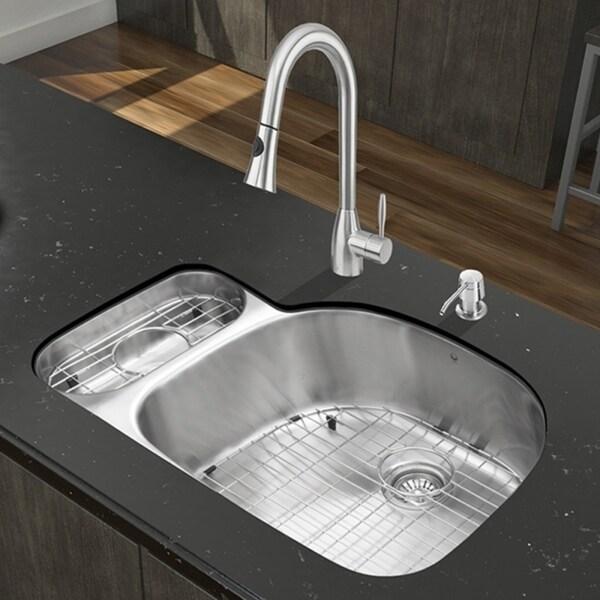 VIGO Fulton Stainless Steel Kitchen Sink and Aylesbury Faucet Set