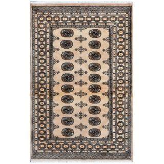 Herat Oriental Pakistani Hand-knotted Bokhara Wool Rug (4' x 6'2)