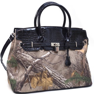 Realtree Camouflage Belted Tote Bag