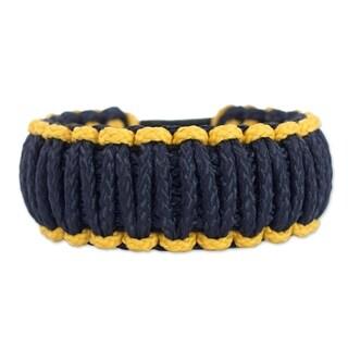Handmade Polyester Men's 'Amina in Gold and Navy' Wristband Bracelet (Ghana)