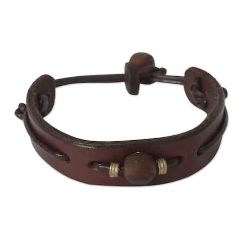 Handcrafted Men's Leather 'Brown Standout' Bracelet (Ghana)