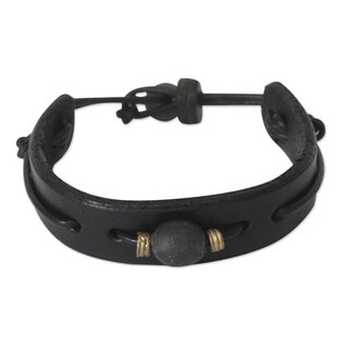 Handcrafted Men's Leather 'Standout' Bracelet (Ghana)