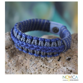 Handcrafted Men's Polyester 'Blue and Grey Hausa' Bracelet (Ghana)