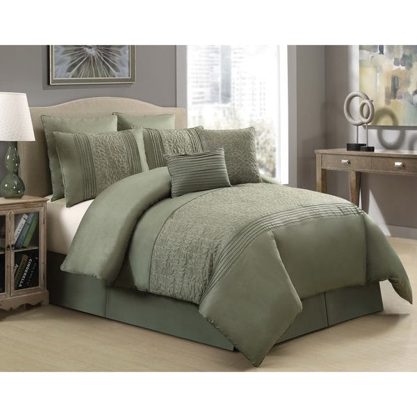 VCNY Hillside Green Embroidered 8-piece Comforter Set