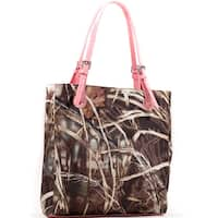 Realtree Camouflage Square Tote Bag with Belted Straps