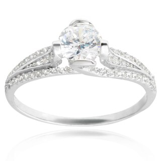 Journee Collection Sterling Silver Cubic Zirconia Bridal-style Ring