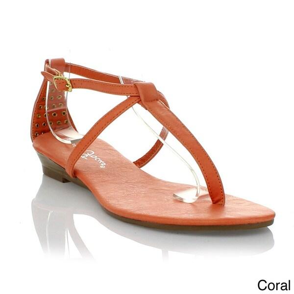 Fashion Focus Women's 'Alison' T-strap Sandals