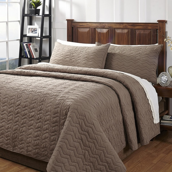 Zig Zag Taupe Textured 3-piece Cotton Quilt Set - On Sale - Free ... : overstock quilts king - Adamdwight.com