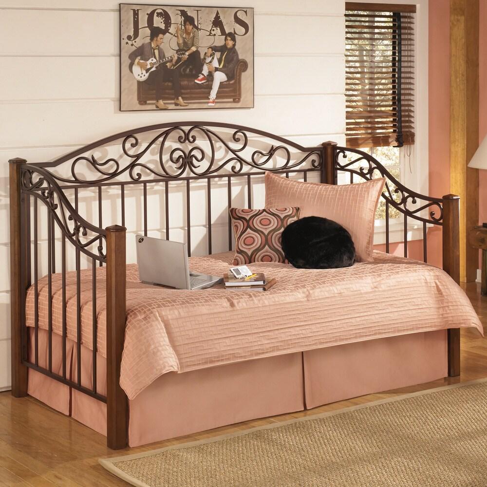 Ashley Wyatt' Medium Brown Day Bed (Day Bed), Size Twin